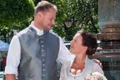 1_Hochzeitsbild-2-e1570288736864